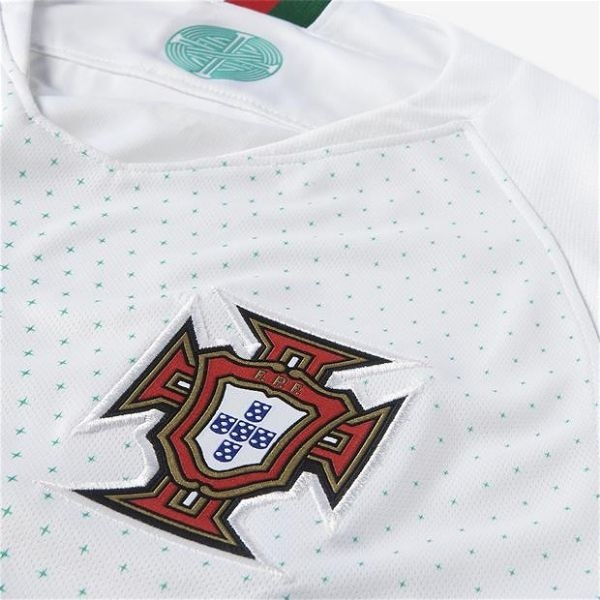 ... Camiseta Camisa Nike Seleção Portugal Portuguesa I e II 2018 Torcedor  Home Away Casa Visitante Cristiano ... e1b0d1e238a55